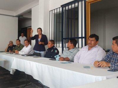 """<a href=""""/noticias/instalacion-del-consejo-de-honor-y-justicia-del-municipio-de-axochiapan"""">Instalación del Consejo de Honor y Justicia del municipio de Axochiapan.</a>"""