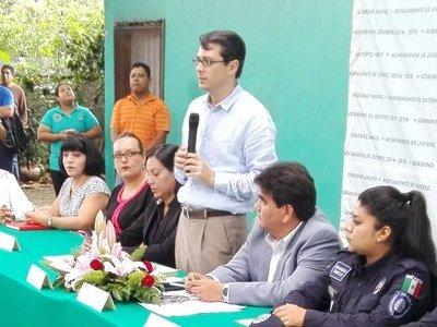 """<a href=""""/noticias/toma-de-protesta-al-nuevo-mando-de-seguridad-de-jiutepec"""">Toma de protesta al nuevo Mando de seguridad de #Jiutepec</a>"""